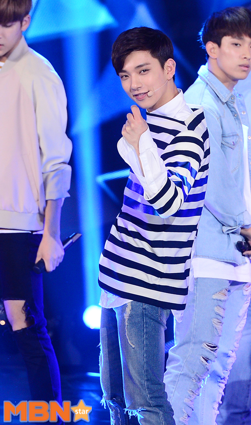 [PRESS] 160503 Seventeen at SBS MTV The Show 88P @SBS_MTV #세븐틴 #더쇼 #예쁘다 (39)