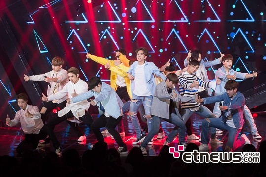 [PRESS] 160503 Seventeen at SBS MTV The Show 88P @SBS_MTV #세븐틴 #더쇼 #예쁘다 (49)