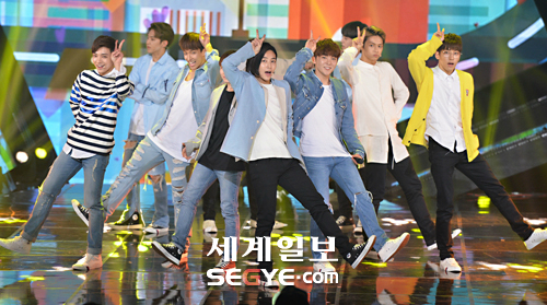 [PRESS] 160503 Seventeen at SBS MTV The Show 88P @SBS_MTV #세븐틴 #더쇼 #예쁘다 (50)