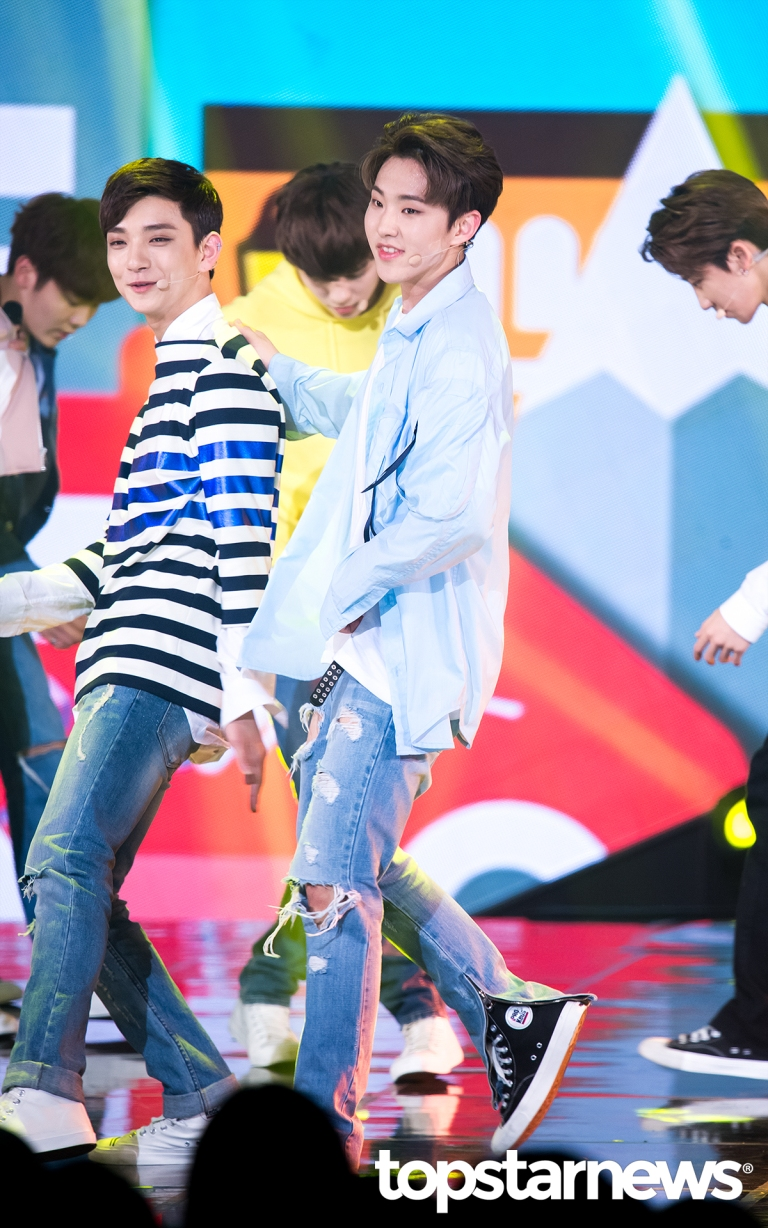 [PRESS] 160503 Seventeen at SBS MTV The Show 88P @SBS_MTV #세븐틴 #더쇼 #예쁘다 (6)