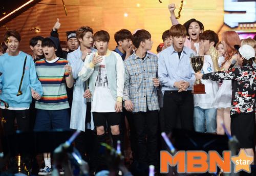 [PRESS] 160504 Seventeen 1st Win at MBC Show Champion #SEVENTEEN1stWin #PrettyU1stWin #세븐틴 #1위 #예쁘다 (128)