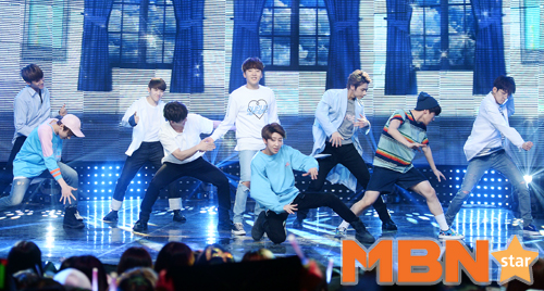 [PRESS] 160504 Seventeen 1st Win at MBC Show Champion #SEVENTEEN1stWin #PrettyU1stWin #세븐틴 #1위 #예쁘다 (133)