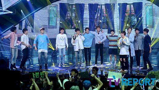 [PRESS] 160504 Seventeen 1st Win at MBC Show Champion #SEVENTEEN1stWin #PrettyU1stWin #세븐틴 #1위 #예쁘다 (20)