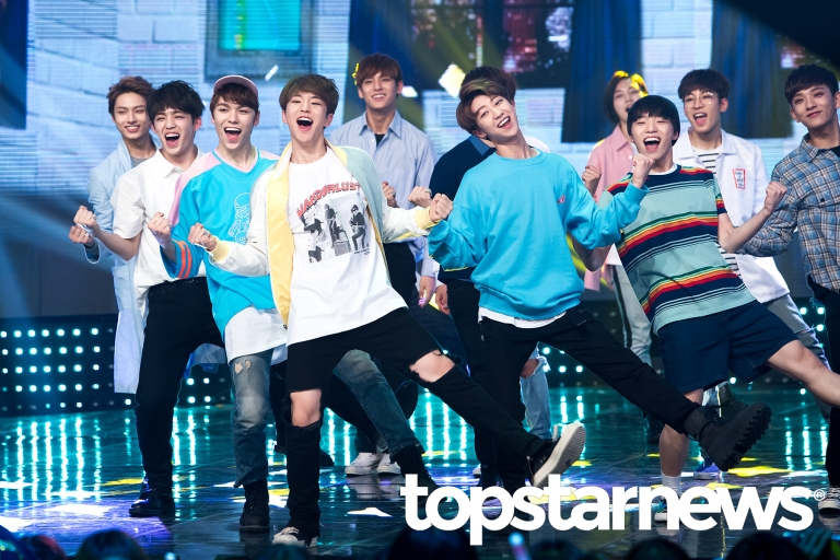 [PRESS] 160504 Seventeen 1st Win at MBC Show Champion #SEVENTEEN1stWin #PrettyU1stWin #세븐틴 #1위 #예쁘다 (28)
