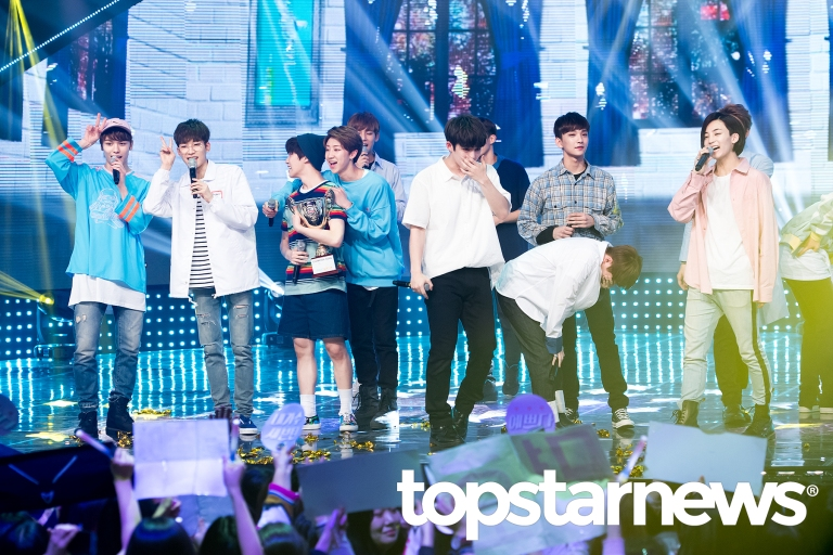 [PRESS] 160504 Seventeen 1st Win at MBC Show Champion #SEVENTEEN1stWin #PrettyU1stWin #세븐틴 #1위 #예쁘다 (29)