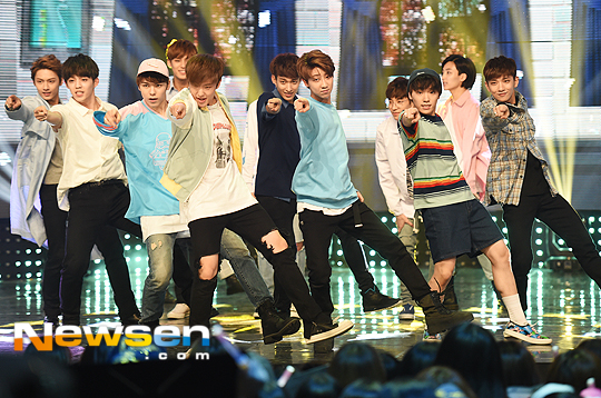 [PRESS] 160504 Seventeen 1st Win at MBC Show Champion #SEVENTEEN1stWin #PrettyU1stWin #세븐틴 #1위 #예쁘다 (41)