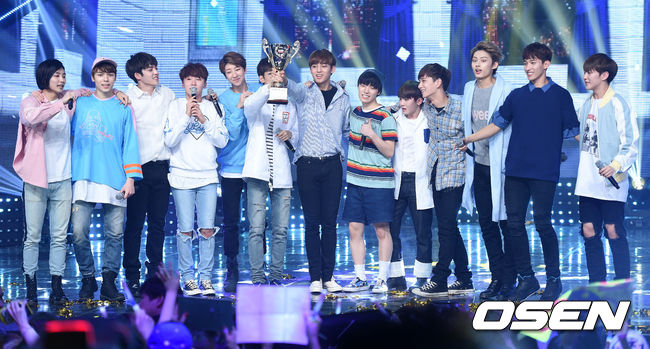 [PRESS] 160504 Seventeen 1st Win at MBC Show Champion #SEVENTEEN1stWin #PrettyU1stWin #세븐틴 #1위 #예쁘다 (55)