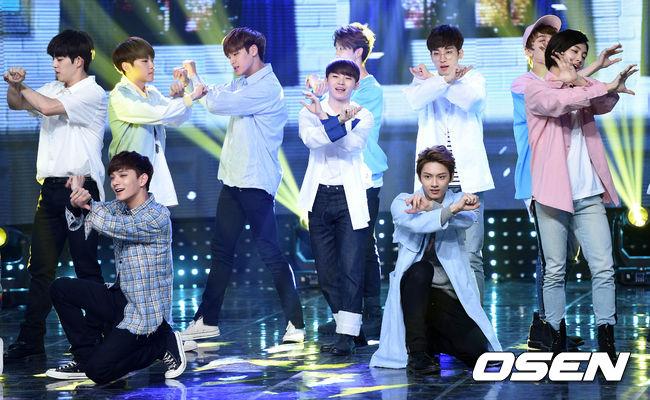 [PRESS] 160504 Seventeen 1st Win at MBC Show Champion #SEVENTEEN1stWin #PrettyU1stWin #세븐틴 #1위 #예쁘다 (58)