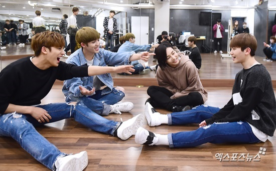 [PRESS] 160506 XPortsNews Star Shot Update ft. Seventeen #세븐틴 #예쁘다 (17)