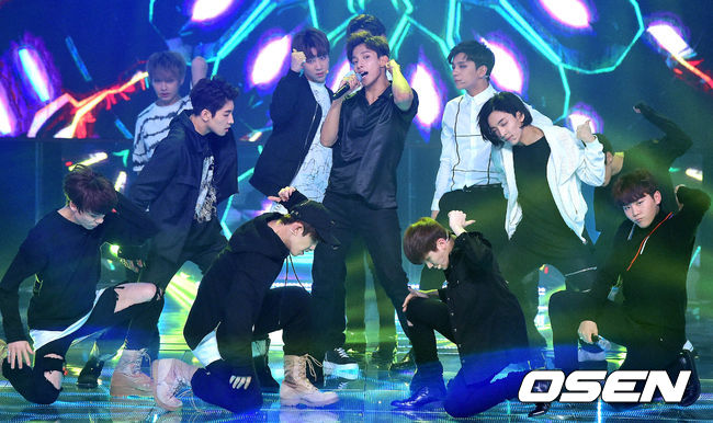 [PRESS] 160511 Seventeen 2nd Win at MBC Show Champion 47P #SEVENTEEN2ndWin #PrettyU2ndWin #세븐틴 #1위 #예쁘다 (33)