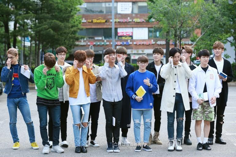 [PRESS] 160513 Seventeen heading to KBS Music Bank Rehearsal #세븐틴 #예쁘다 (13)