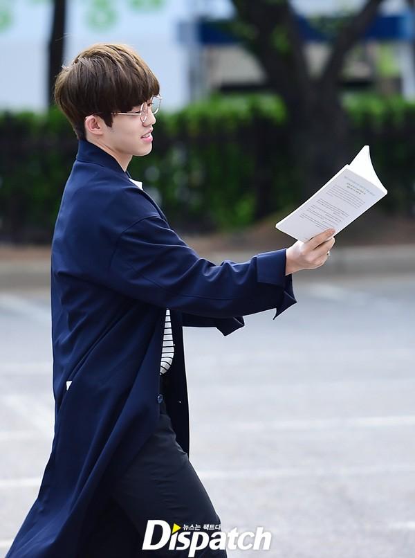 [PRESS] 160513 Seventeen heading to KBS Music Bank Rehearsal #세븐틴 #예쁘다 (17)