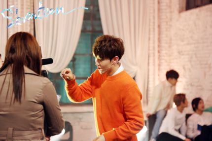 [스타캐스트] 세븐틴 예쁘다 활동 비하인드 사진 공개 #SEVENTEEN 1