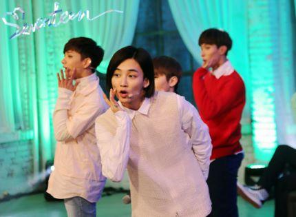 [스타캐스트] 세븐틴 예쁘다 활동 비하인드 사진 공개 #SEVENTEEN 3