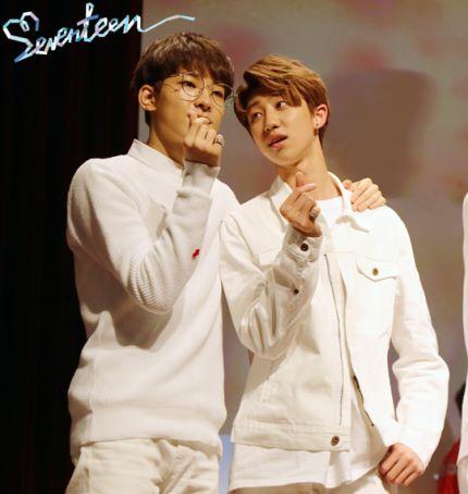 [스타캐스트] 세븐틴 예쁘다 활동 비하인드 사진 공개 #SEVENTEEN 25