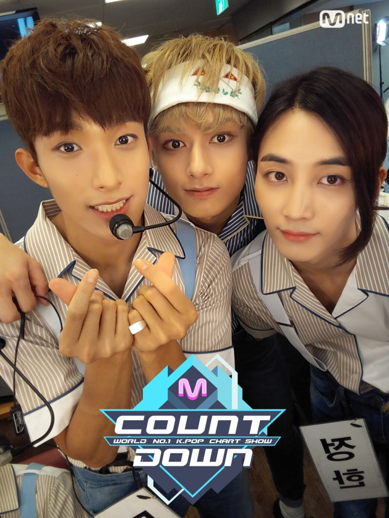 [OFFICIAL] 160721 MCOUNTDOWN Twitter Update #세븐틴 #아주NICE 2